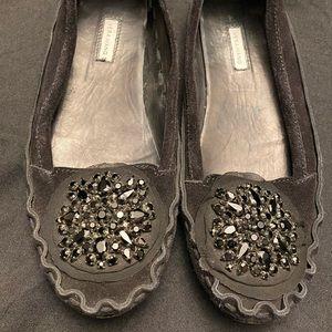 Vera Wang-Black beaded moccasins-Size:6-1/2 M
